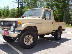 1990 Toyota Land Cruiser FJ75 Pick Up