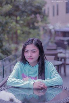 Filipino Girl, Ideal Girl, Home Studio Photography, Mobile Legend Wallpaper, Cute Girl Photo, Mobile Legends, Filipina, Aesthetic Clothes, Girl Photos