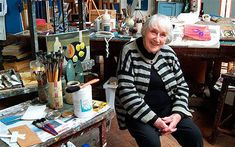 Mary Fedden, painter in her London studio, May 2006 Famous Artists, Great Artists, Mobile Art, Royal College Of Art, Inspirational Artwork, Naive Art, Art Studios, Artist At Work, Oeuvre D'art