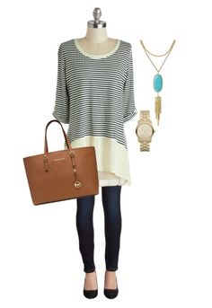 Casual Fall Outfit with Kendra Scott Necklace - This is a great look for Thanksgiving!