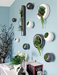 Use some interior landscaping to create a quirky and green statement like this vertical garden in your space. Use a neutral or pastel hue on the wall for a playful statement. Interior landscaping by Adventive Interior Plants, Interior Exterior, Fleur Design, Best Indoor Plants, Plant Wall, Plant Design, Best Christmas Gifts, Outdoor Gardens, Diy Home Decor