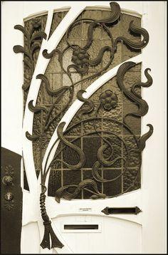 Art nouveau door - Sandy likes it too