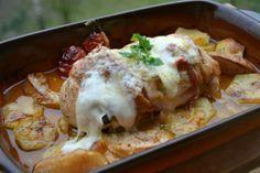 A töltött húsok egyik legjobbja a zsebes csirkemell, főleg új körettel.