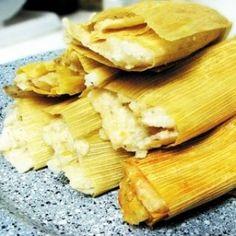Tamales de Elote con Queso y Rajas