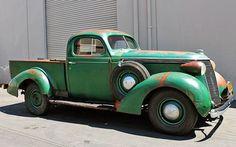 1937 Studebaker J-5 Coupe Express