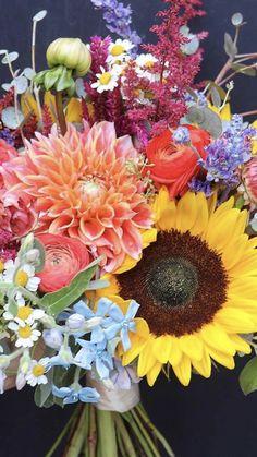 Buying Flowers Online | Wholesale Flowers