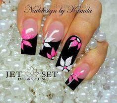 Discover new and inspirational nail art for your short nail designs. Creative Nail Designs, Short Nail Designs, Creative Nails, Fingernail Designs, Acrylic Nail Designs, Nail Art Designs, Nails Design, Pink Black Nails, Pink Nail Art