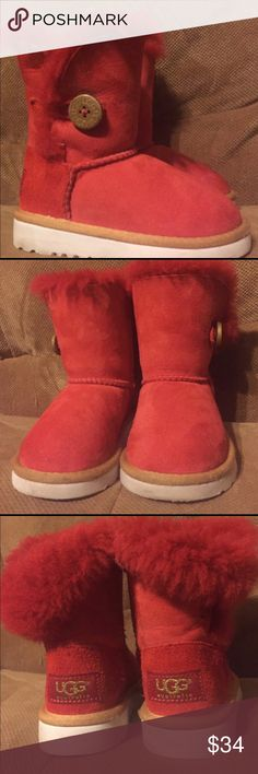 Toddler size 6 Uggs Red side Button Uggs toddler size 6.  I just bought these last week off Posh and I can not get them on her feet.  Charging what I paid. I hope someone else can use them. My granddaughter has a wide foot she wears a six bit her foot is too wide.  In very good condition UGG Shoes Boots