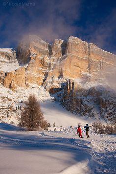 Il Sasso di Santa Croce (Sas dla Crusc in ladino, Kreuzkofel in tedesco), è una montagna delle Dolomiti, nel gruppo delle Dolomiti Orientali di Badia che domina la Val Badia con la sua parete verticale di quasi 900 m.