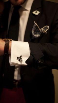 a gentleman is just a patient wolf. Der Gentleman, Gentleman Style, Sharp Dressed Man, Well Dressed Men, Men's Accessories, Black Tie Affair, Suit And Tie, Mode Inspiration, Mens Suits