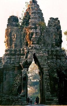 The gate of Angkor Thom, Cambodia...