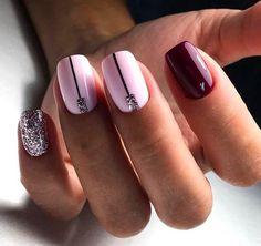False nails have the advantage of offering a manicure worthy of the most advanced backstage and to hold longer than a simple nail polish. The problem is how to remove them without damaging your nails. Simple Wedding Nails, Wedding Nails Design, Wedding Designs, Wedding Ideas, Shellac Nails, Diy Nails, Nail Polish, Acrylic Nails, Nail Nail