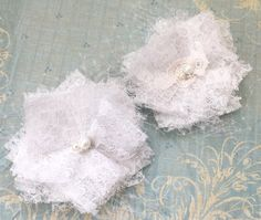 Lace bridal flowers hair clips. by talulahblue on Etsy