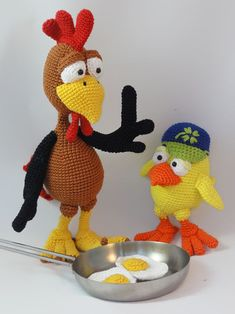 Buy Package: Poultry Paul + Chuck the Chick amigurumi pattern - AmigurumiPatterns.net