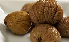 Recette Poêlée de marrons et de lardons : 1/ Ciselez l'oignon. 2/ Dans une poêle, mettez les lardons et les oignons et faites revenir sur feu vif. 3/ Ajoutez les marrons et laissez-les dorer tranquillement. Votre poêlée de marrons et de lardons est prête, régalez-vous! De l' entrée au desser...