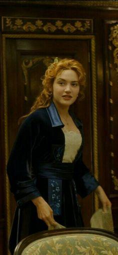 Titanic Movie Facts, Titanic Quotes, Real Titanic, Kate Winslate, Leonardo Dicaprio Movies, James Cameron, Movie Costumes, Top Movies, Silhouette