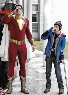 A whole new batch of Shazam! promo art has surfaced online, featuring fun new looks at Warner Bros. Sandberg-directed DC adventure, which stars Zachary Levi (Chuck) in the title role. Original Captain Marvel, Captain Marvel Shazam, Marvel Dc, Zack Snyder Justice League, Justice League Aquaman, Black Adam Shazam, Dc Comics, Shazam Movie, Yvonne Strahovski
