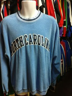 Vintage 90s NORTH CAROLINA TAR HEELS NCAA Starter Sweatshirt M