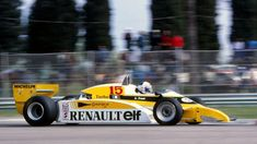 Alain Prost (FRA), Renault RE20, retired with gearbox failure. San Marino Grand…