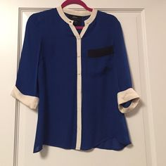 100% silk button down blouse from Barney's Co-Op Color block button down, somewhat sheer, 100% silk blouse. Size XS (runs a tad big). Alcee for Barney's Co-Op. Mandarin collar. 3/4 length cuffed sleeves. Flowy and fun! Alcee Tops Blouses
