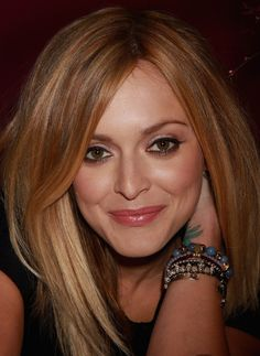 Fearne Cotton Photos Photos: Fearne Cotton Launches New Make Up Range Exclusivly For Boots Hot Hair Styles, Medium Hair Styles, Natural Hair Styles, Hair And Makeup Tips, Hair Makeup, Fearne Cotton Hair, Fall Hair Colors, Hair Colour, Natural Hair Shampoo