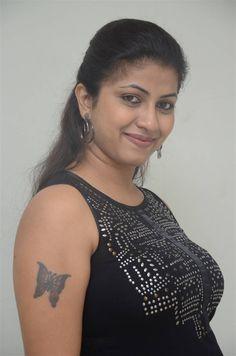 Telugu Girl Geethanjali Thasya at Ladies Not Allowed Movie Trailer - Tollywood Boost Beautiful Girl In India, Beautiful Women Over 40, Beautiful Blonde Girl, Most Beautiful Indian Actress, Cute Beauty, Beauty Full Girl, Beauty Women, Indian Natural Beauty, Indian Beauty Saree
