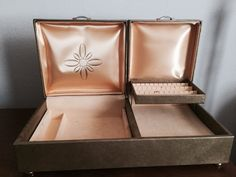 Vintage 1950's Buxton jewelry box made in by TexasGrassroots