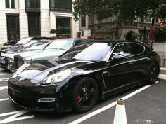 Description Porsche Panamera London.jpg London travel tips - find the best cheap hotel for a great holliday