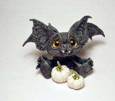 ~*Baby Goblin Batty*~ Boo! Art Dolls by Patricia Hedegaard ✯✯✯✯✯✯✯✯✯✯✯✯✯✯✯✯✯✯✯✯✯✯✯✯✯✯ This little Baby Goblin Batty is a hand made