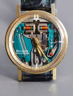 The earliest wristwatches to be produced were smaller sized types of pocket watches that were attached using a leather strap. Cool Watches, Watches For Men, Field Watches, Bulova Accutron, Men Style Tips, Latest Fashion, Men's Fashion, Vintage Watches, Stylish Men