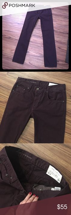 """Rag & Bone Men's Pants 32 x 32"""" slim straight Like new, mens rag and bones in perfect condition. They are a dark maroon color, size 31"""" waist with 32"""" inseam. rag & bone Jeans Slim Straight"""