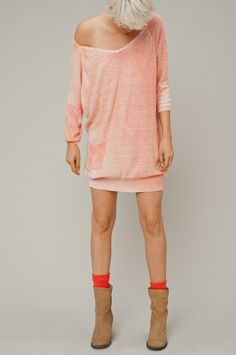 http://webshop.humanoid.nl/shop-by-category/dresses-tunics/vim