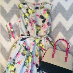 Liz Claiborne Summer Floral Dress  Liz Claiborne Sleeveless Belted Floral Print Shantung Dress - Petite     New  with Tags Liz Claiborne Dresses