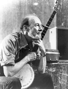 Behind Pete Seeger, a formative father and mother. Mark Swed, LA Times, Feb. 2014.  (Pete died January 27, 2014, New York City, NY)