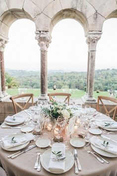 Chic Rustic Wedding Provence | Image by Love Story