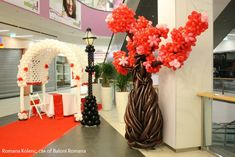 The Very Best Balloon Blog: Valentine's Shopping mall decor with Romana Kolenc, CBA, of Baloni Romana in Šoštanj, Slovenia. - 13th January 2016