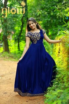 Best Designer Wedding customise PartyGown And Salwar suit Online from Indian HauteCouture For more details please contact us through WhatsApp Long Gown Dress, Frock Dress, Long Dresses, Indian Wedding Gowns, Indian Gowns Dresses, Long Dress Design, Dress Neck Designs, Kerala Engagement Dress, Gown Party Wear