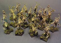 Static Painting: The Wood Elf army is now done! Warhammer Wood Elves, Warhammer Aos, Warhammer Fantasy, Wood Elf, Woodland, Geek Stuff, Army, War Hammer, Place Card Holders