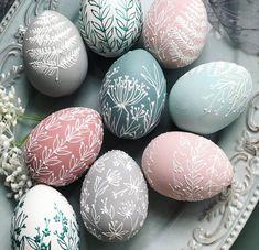 Easter Egg Crafts, Easter Eggs, Spring Crafts, Holiday Crafts, Carved Eggs, Palm Sunday, Egg Art, Egg Decorating, Happy Easter