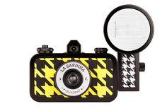 La Sardina Quadrat 35mm Wide-Angle Camera with Flash