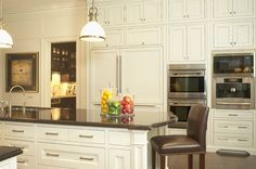 Inviting kitchen designed by CMID www.cmidesign.ca #CMID