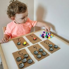 Preschool Learning Activities, Infant Activities, Activities For Kids, Baby Boy Balloons, Diy For Kids, Crafts For Kids, Baby Kind, Baby Crafts, Kids Education