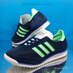 bad5056e928e9 adidas Womens SL 72 Running Trainers Blue Green sz 6 Retro Sneaker US 39
