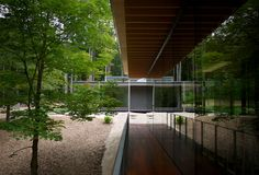 Glass/Wood House in New Canaan, Connecticut by kengo kuma
