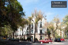 O charme de uma fachada simples. Veja: http://www.casadevalentina.com.br/blog/materia/hotel-mexico--arrumar-nome.html #decor #design #architecture #decoracao #arquitetura #casadevalentina