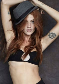 I've got a crush on a ginger and I don't care who knows it! Cintia Dicker has been my favorite model for awhile now