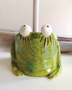 A ceramic frog plunger cover! Omg I totally do need this!! But it costs nearly $80