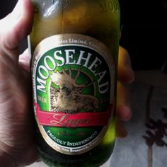 Nice light beer Moosehead from Canada Canadian Beer, Malt Beer, I Like Beer, Moose Head, Beers Of The World, Brew Pub, Light Beer, Brewery, Beer Bottle
