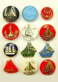 ¤ Vintage Glass Nautical Buttons
