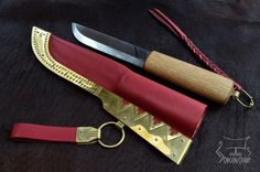 Leuku blade in Viking style suit  http://jorgencraft.com/index.php?route=product/category&path=95_96